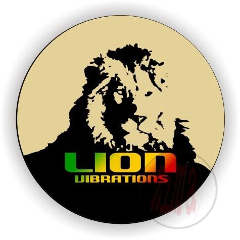 Plakietka Lion Vibrations